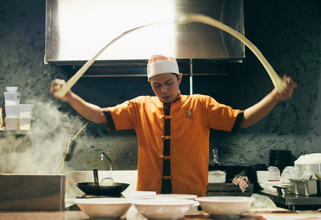 Starting a Food Business? Hire Top-Notch Staff and Overcome Turnover